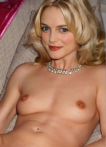 Famous movie star Heather Graham with her big tits and wet shaved pussy