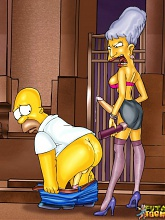 Shemales porking Homer Simpson - 3 gay & shemale pictures